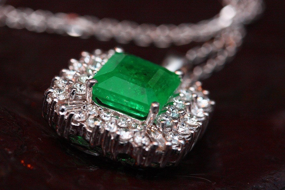 Emeralds: Easy On the Eyes