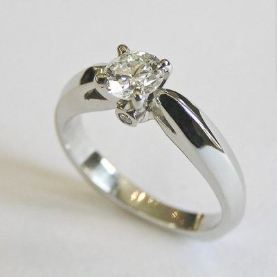 Custom Diamond Engagement Ring Gentleness